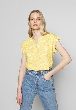 KEDITA - Print T-shirt - ceylon yellow