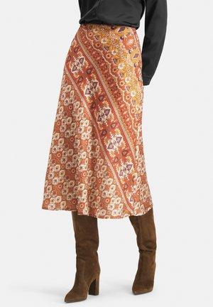 EXTRAVAGANTER MIT ETHNO-MUSTER - SLIWA - A-line skirt - orange