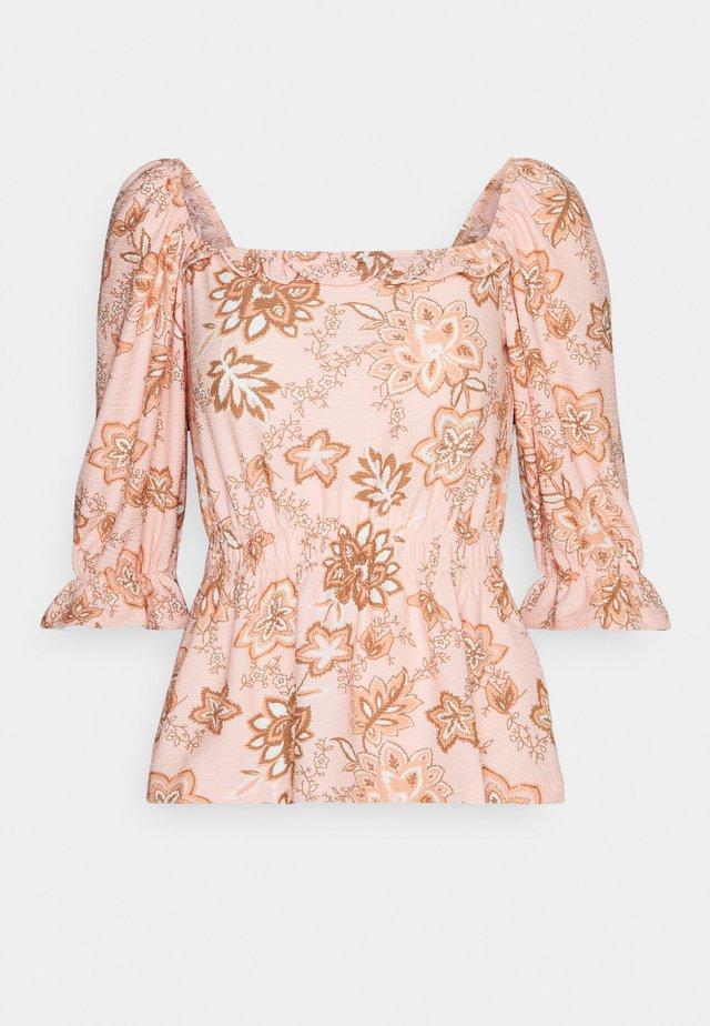 SQUARE NECK FAUCHETTE - Blusa - pink