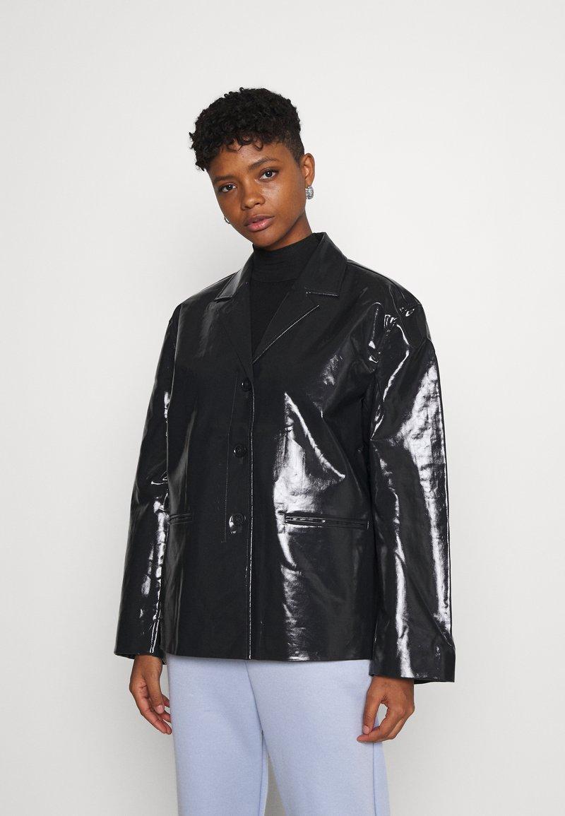 Weekday - ZANA SHORT JACKET - Light jacket - black