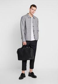 Calvin Klein - INDUSTRIAL MONO SLIM LAPTOP BAG - Aktovka - black - 1