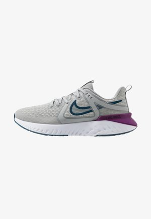LEGEND REACT 2 - Zapatillas de running neutras - light smoke grey/valerian blue/vivid purple/white