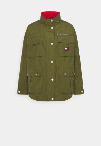 MULTIPOCKET FIELD JACKET - Summer jacket - northwood olive
