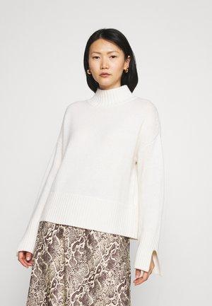 MOCKNECK - Jumper - pristine white