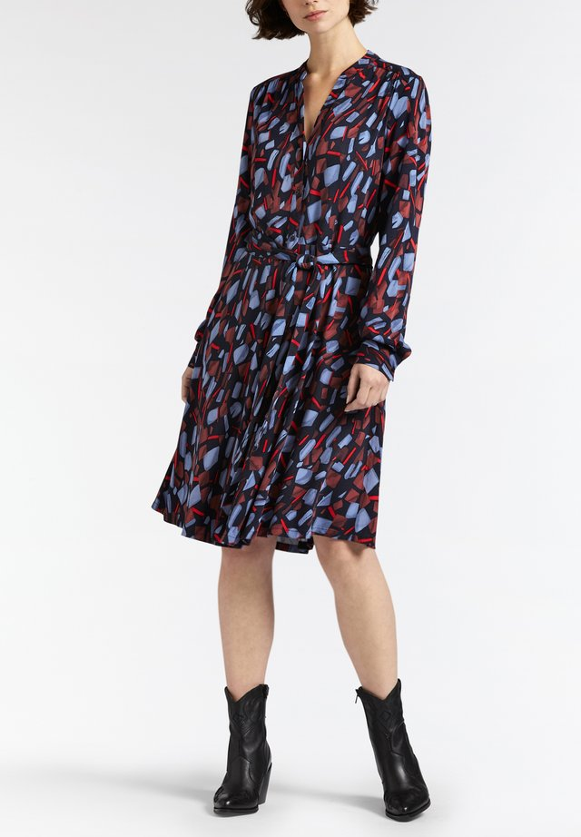 MIT ABSTRAKTEM PRINT - Shirt dress - blau