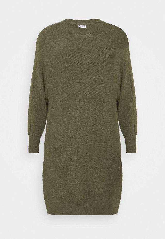 NMSHIP BOATNECK DRESS - Stickad klänning - kalamata