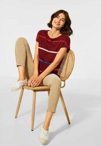 Cecil - MIT STREIFEN - Print T-shirt - braun - 1