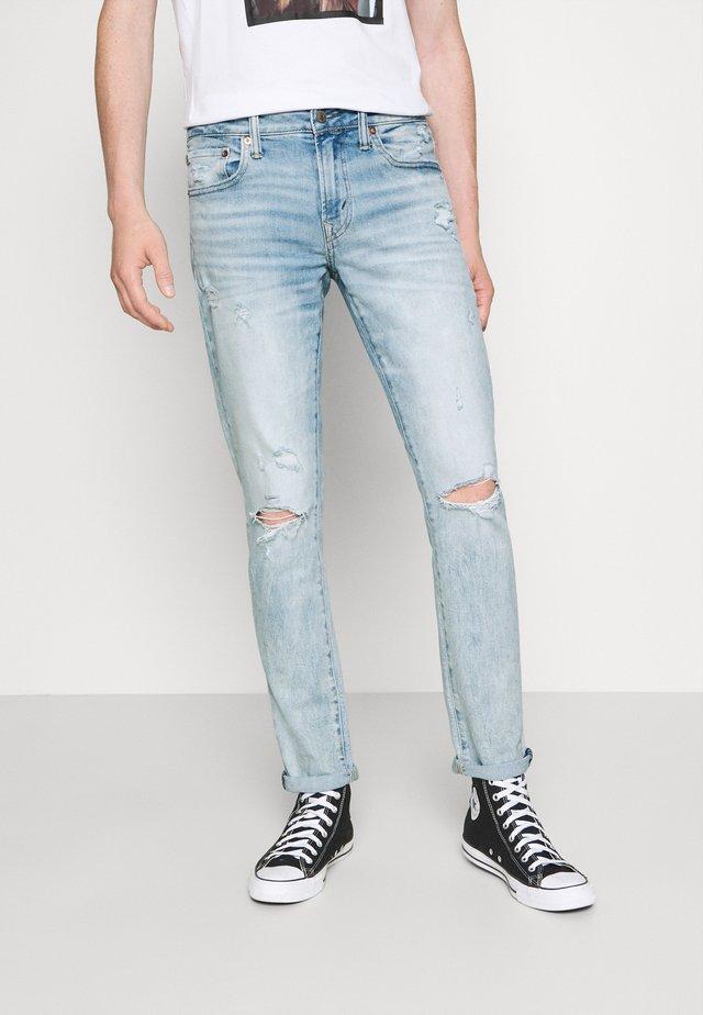 LIGHT DESTROY WASH - Slim fit jeans - iced light indigo