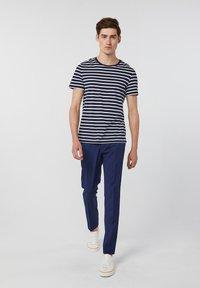 WE Fashion - DALI - Kalhoty - blue - 1