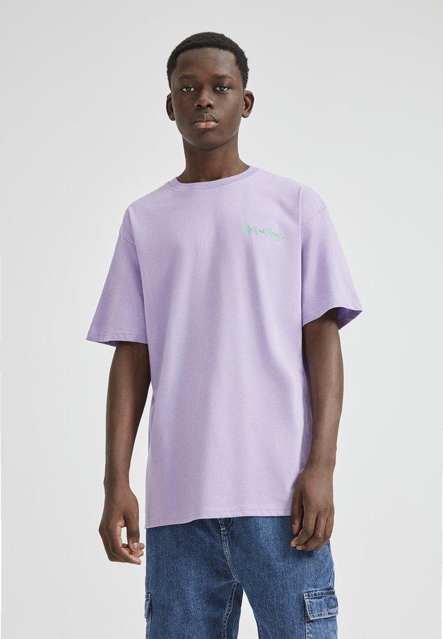 RICK MORTY - T-shirt imprimé - purple