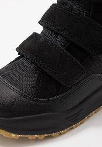 Woden - ADRIAN - Winter boots - black - 2