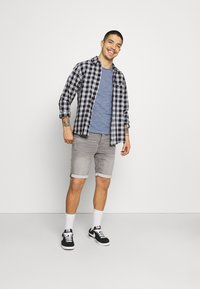 Only & Sons - ONSPLY LIFE  - Jeansshort - grey denim - 1