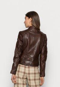 Gipsy - JUANA LONTV - Leather jacket - dark brown - 2