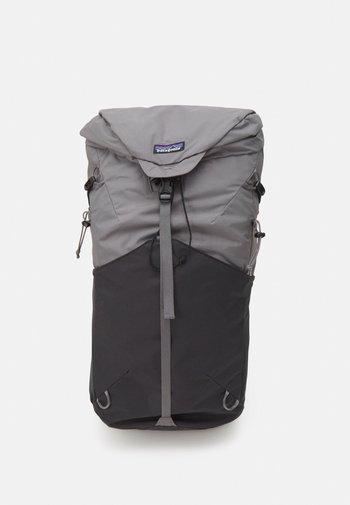 ALTVIA PACK 28L UNISEX - Backpack - noble grey