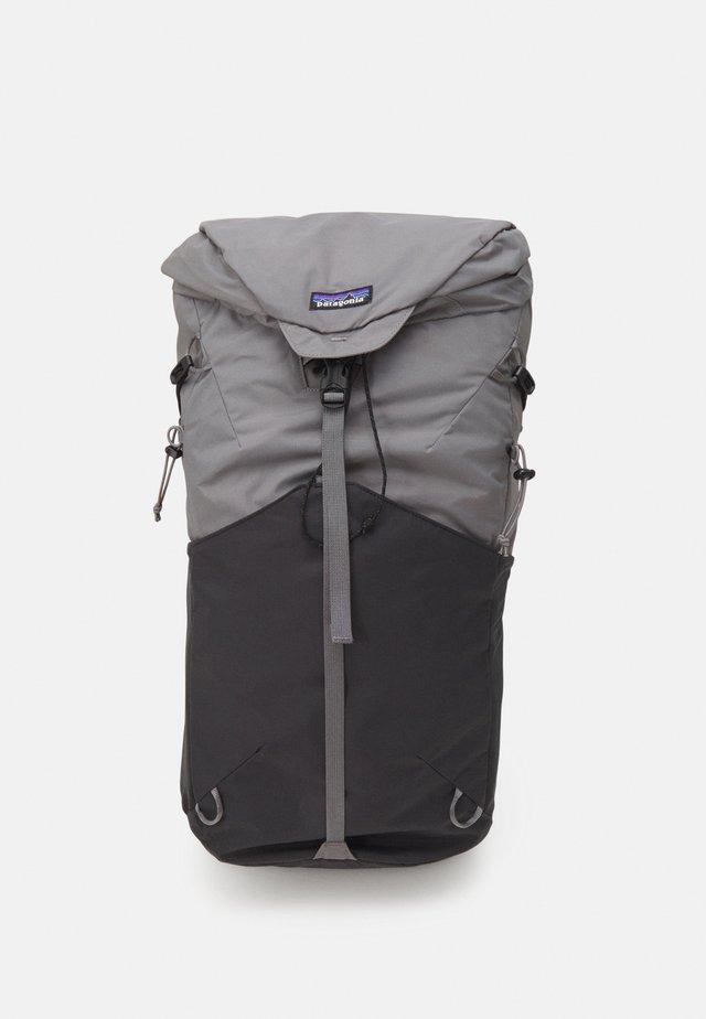 ALTVIA PACK 28L UNISEX - Plecak podróżny - noble grey