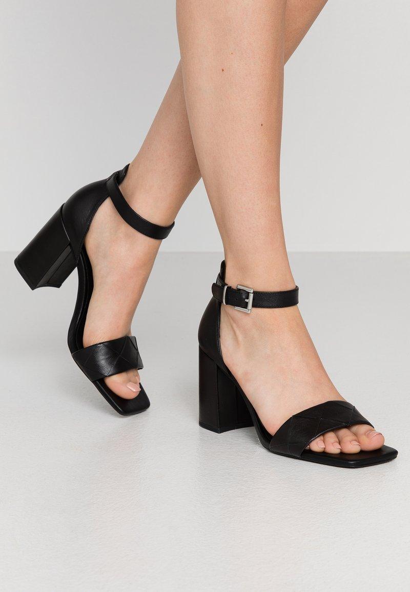 Zign - Sandalias de tacón - black