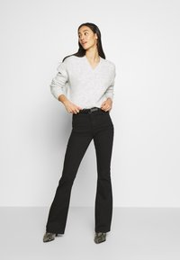 Missguided - LAWLESS FLARE - Flared Jeans - black - 1