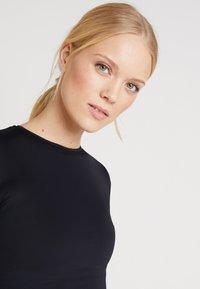 Daquïni - T-shirt à manches longues - black - 3