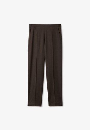 ZIGARETTEN - Trousers - braun
