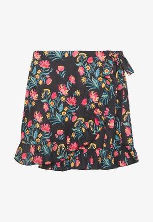 Wrap skirt - black