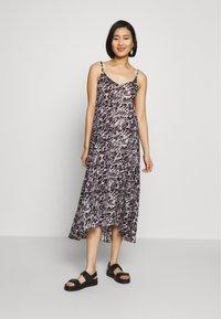 AllSaints - ESSIE AMBIENT DRESS - Kjole - pale grey - 0