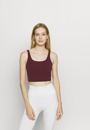 YOGA LUXE CROP TANK - Treningsskjorter - night maroon/team red