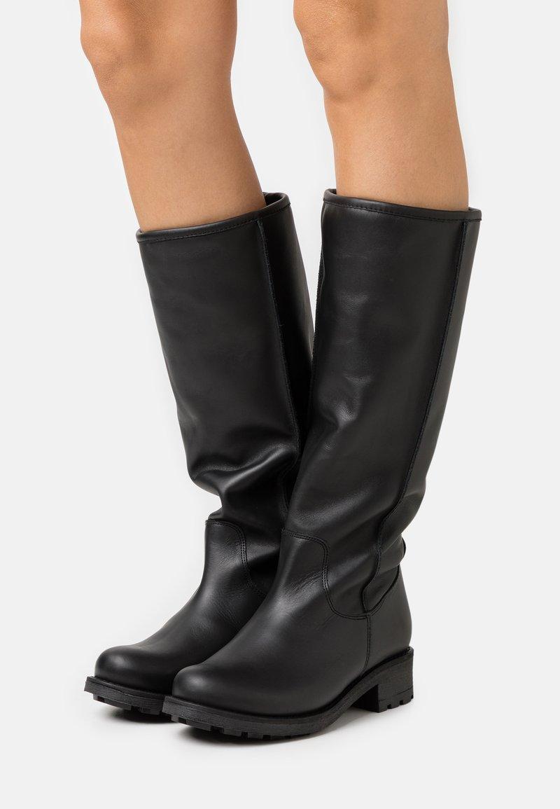 Mis Pepas - Vysoká obuv - black