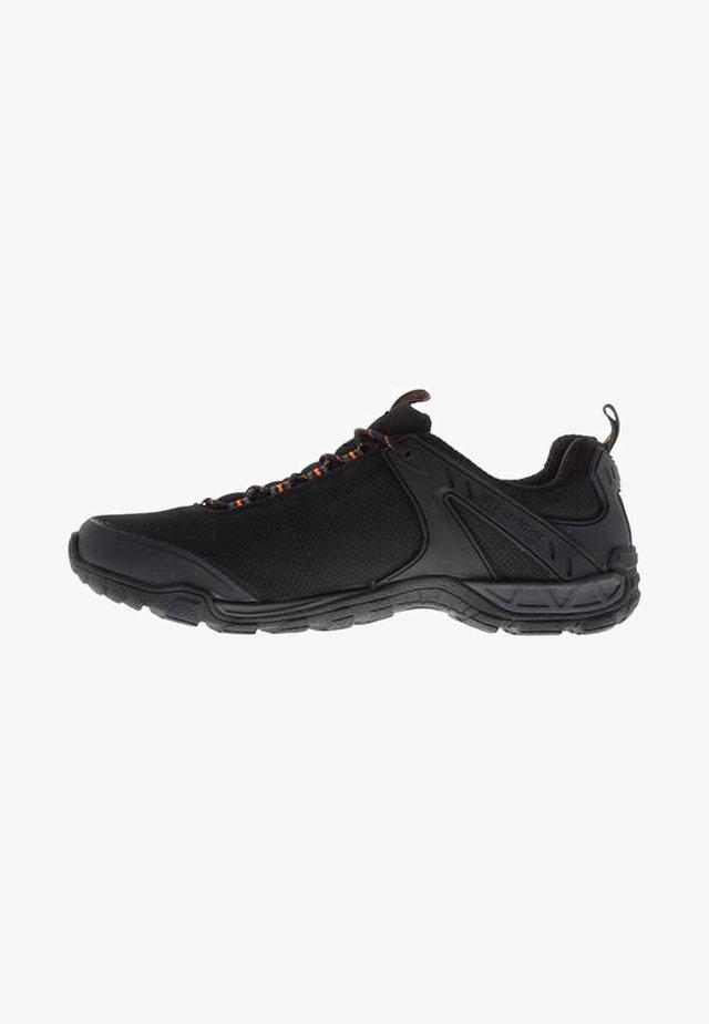 KARRIMOR NEWTON  - Walking trainers - black