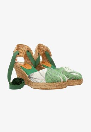 Sandalias de cuña - green
