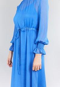 True Violet - SMOCK  - Korte jurk - blue - 2