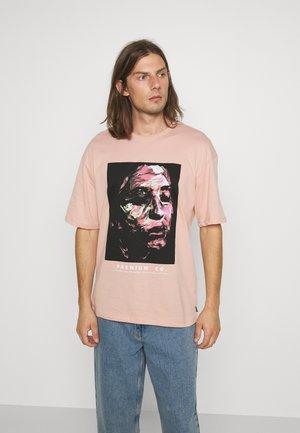 JPRBLACALLIE TEE CREW NECK - Print T-shirt - misty rose