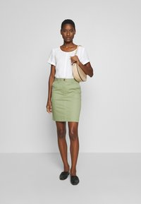 Marc O'Polo PURE - SHORT SLEEVE LOOSE FIT HYBRID STYLE - Blouse - clear white - 1