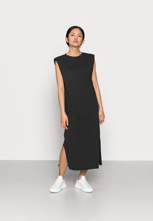 ONLSILLA LIFE DRES - Jersey dress - black