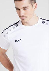 JAKO - TRIKOT STRIKER 2.0 - T-shirt print - weiß/marine - 4