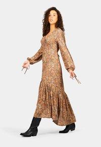 Isla Ibiza Bonita - Maxi dress - mysterious indian flowers - 4