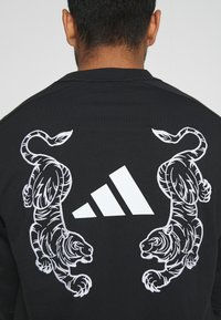 adidas Performance - TIGER CREW - Sweatshirt - black - 5