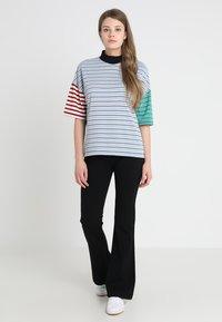 Vero Moda - VMKAMMA - Trousers - black - 1