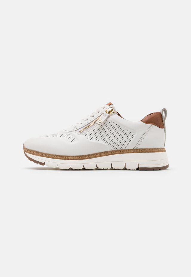 LACE UP - Joggesko - white/cognac