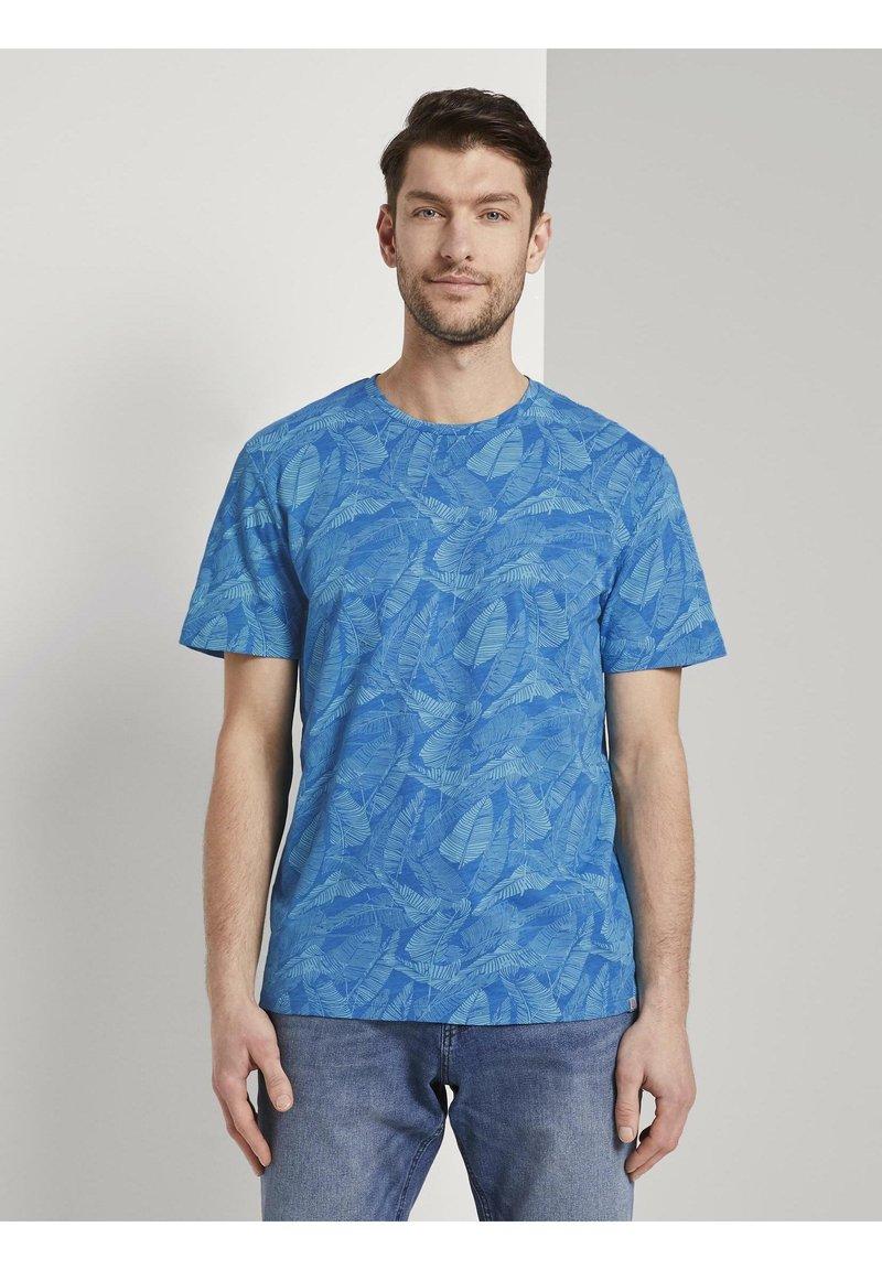 TOM TAILOR - Print T-shirt - midblue leaf design