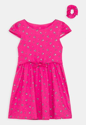 SMALL GIRLS DRESS SCRUNCHIE - Jersey dress - fuchsia rose