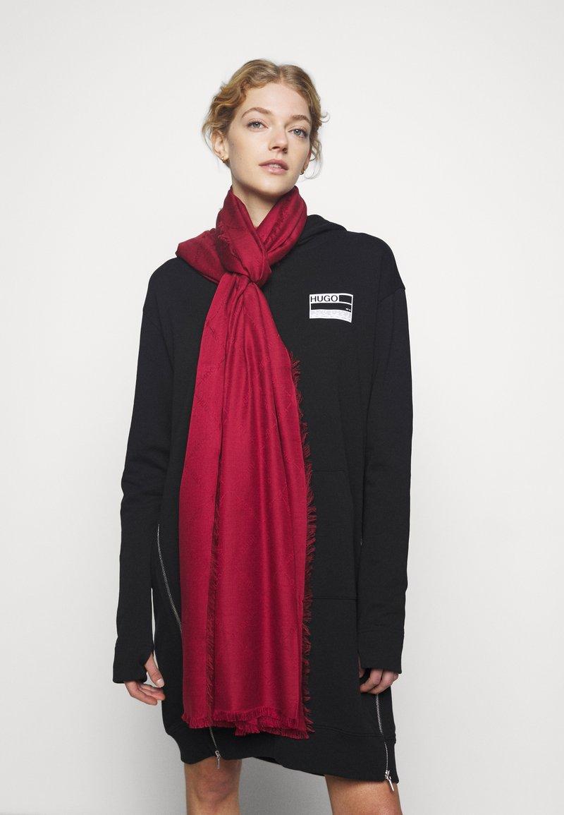 HUGO - LOGO WRAP - Foulard - dark red