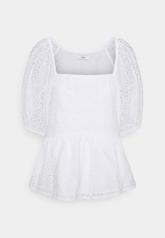 ENCHAMOMILE  - Camicetta - white