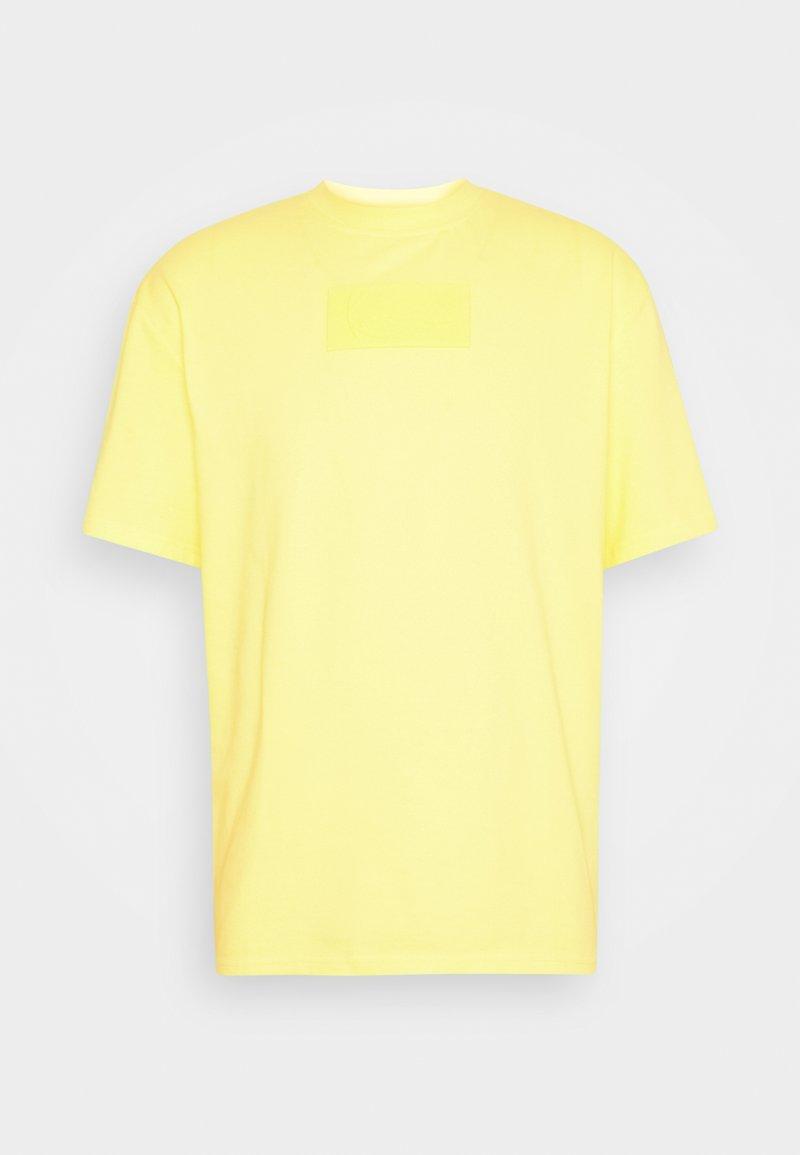 Karl Kani - SMALL SIGNATURE BOX TEE UNISEX  - Print T-shirt - yellow