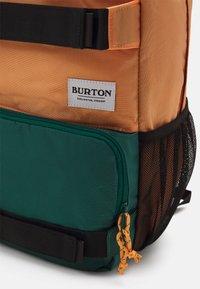 Burton - TREBLE YELL 21L BACKPACK UNISEX - Rucksack - papaya - 3