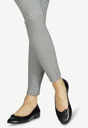 BALLERINA - Ballet pumps - black