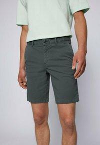 BOSS - SCHINO - Shorts - dark green - 3