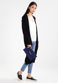 Vila - VIRIL LONG CARDIGAN - Cardigan - black - 1