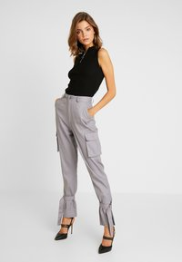 Missguided - D RING TIE HEM CARGO TROUSER - Trousers - grey - 1