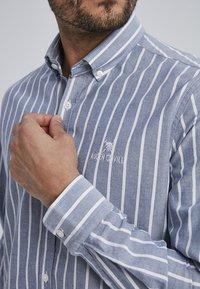Auden Cavill - MARVIC - Shirt - navy - 2