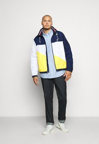 Polo Ralph Lauren Big & Tall - PACE FULLZIP - Lehká bunda - newport navy/yellow - 1